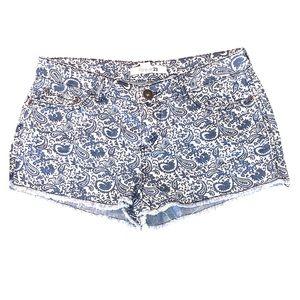 F21 🔹 Paisley Print Denim Shorts